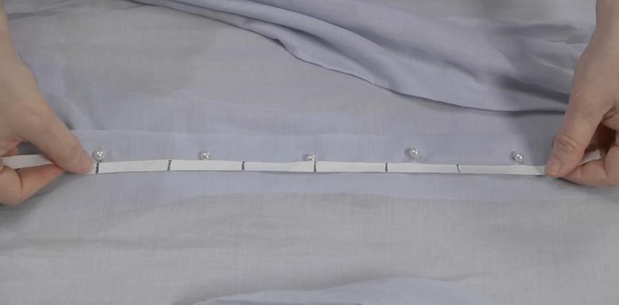 Лайфхак: как разметить положение пуговиц ипетель спомощью резинки