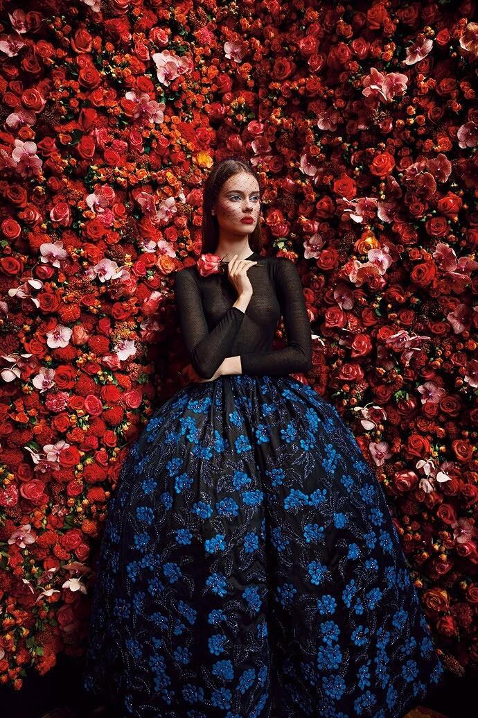 Женщина-цветок Кристиана Диора