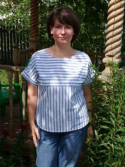 Работа с названием Летняя блуза в полоску