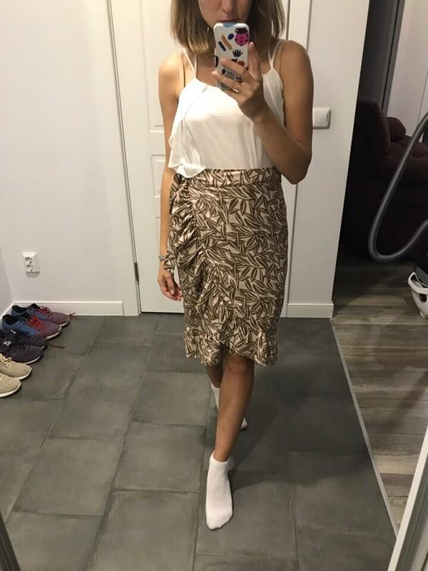 Летняя юбка сзапахом иоборками
