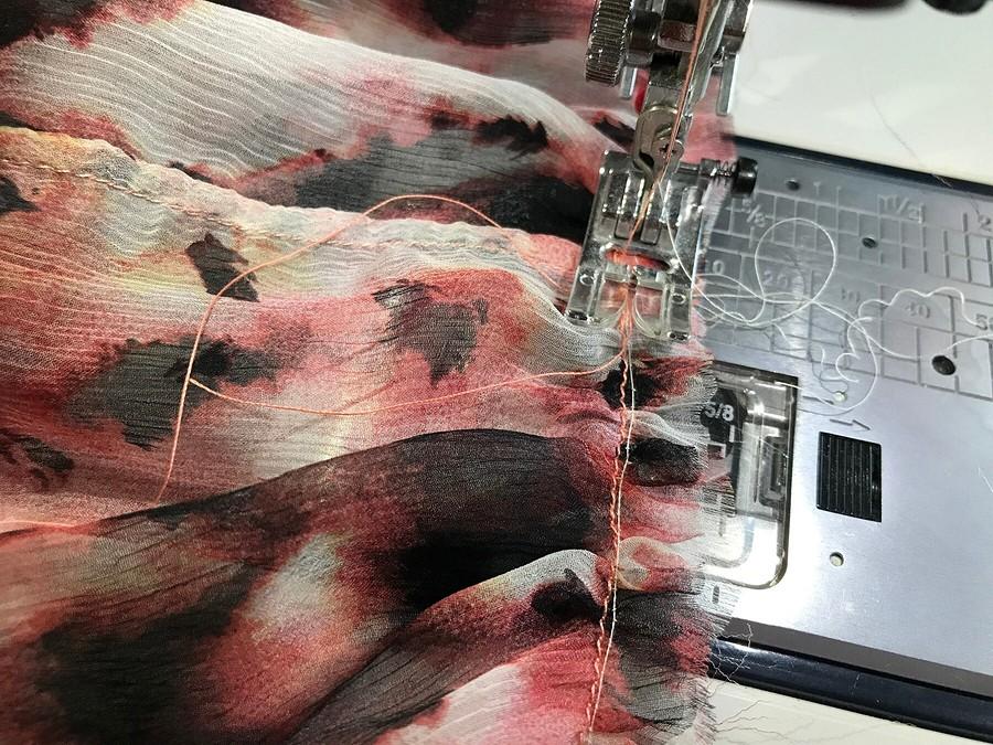 Деликатный шифон: как присборить тонкую ткань