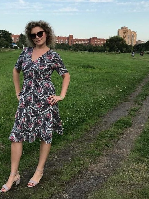 Платье своланами