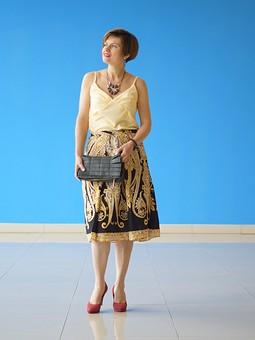 Работа с названием Бельевой топ и юбка из ткани с платочным принтом