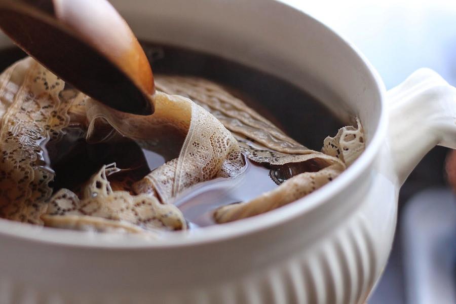 Как окрасить кружевные ленты спомощью чая