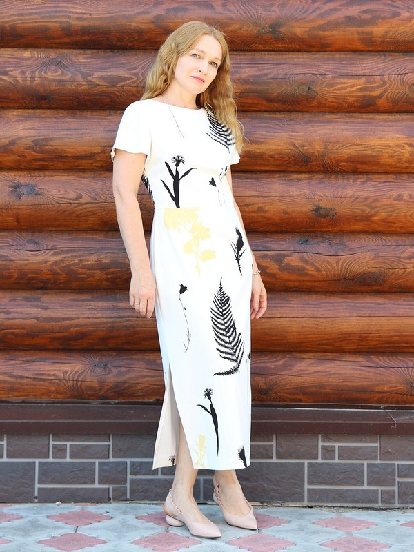 Платье счертополохами