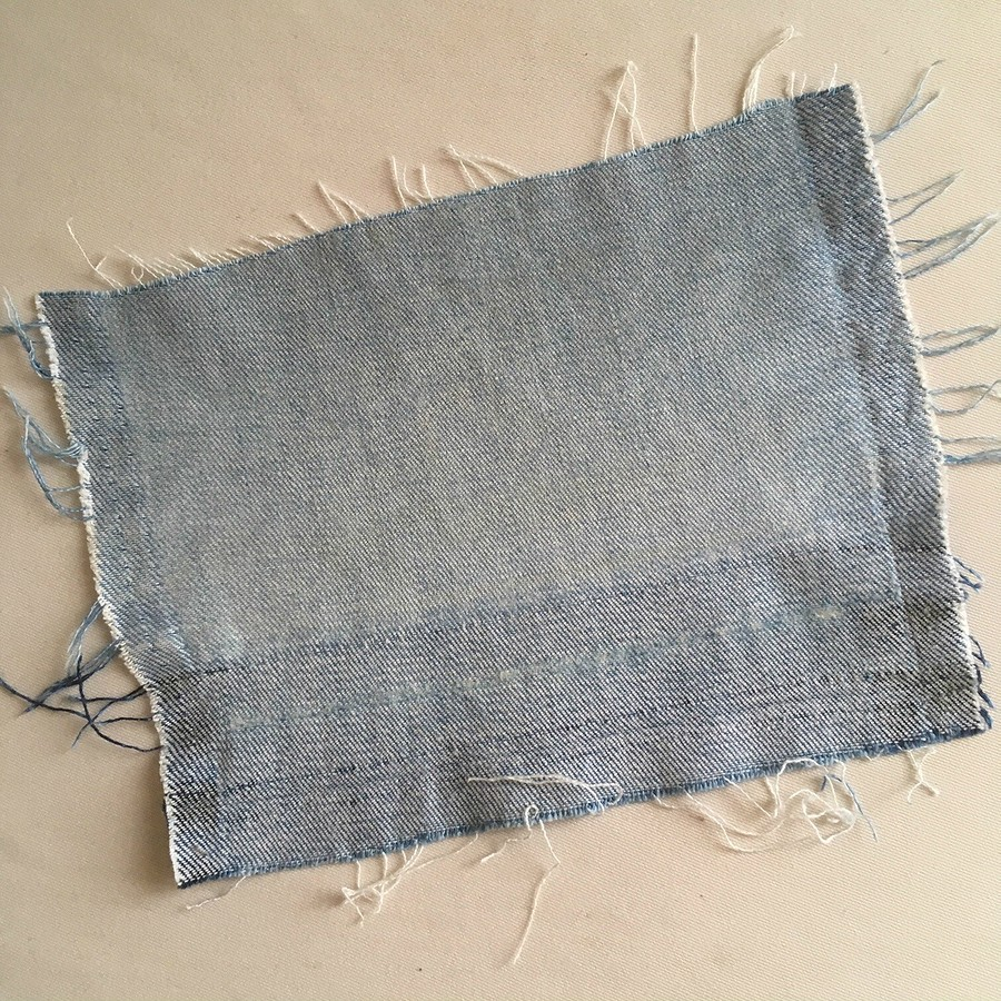 Как отремонтировать джинсы, порванные наколене: мастер-класс