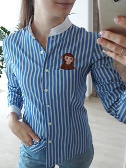 Работа с названием Рубашка с обезьянкой в кармане