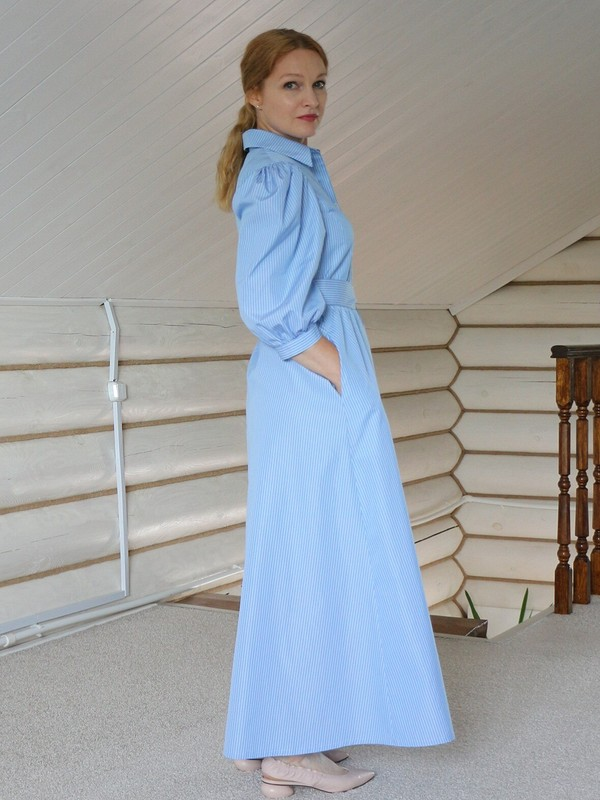 Платье спышными рукавами