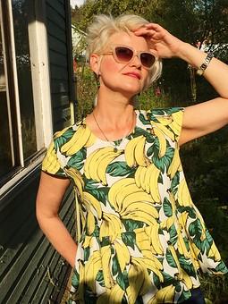 Работа с названием Ситцевая блузка