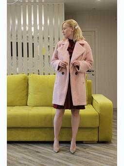 Работа с названием Розовое пальто букле