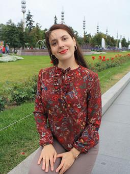 Работа с названием День осеннего равноденствия, рябина на блузке