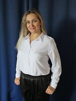 Работа с названием Блуза...почти классика
