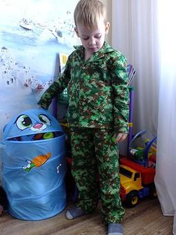 Работа с названием Детская пижама.