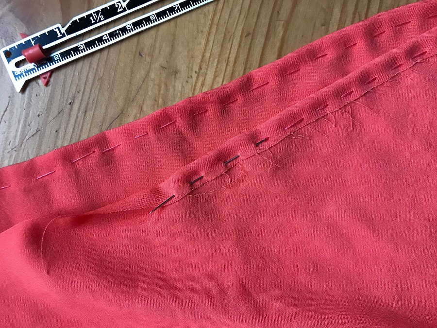 Яркая осень: как сшить блузку повыкройке пуловера
