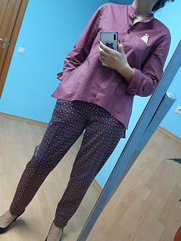 Работа с названием Комплект любимый, повседневный: брюки и блузка