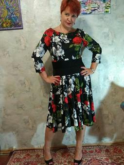 Работа с названием Платье из коллекции Цвет ночи