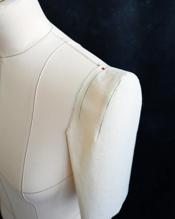 Моделируем необычный рукав набазе выкройки Burda