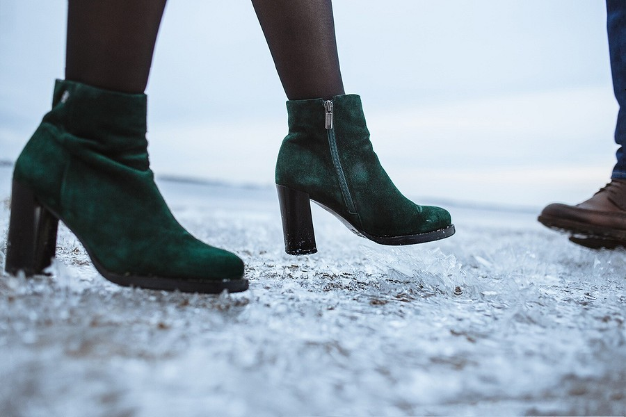Как защитить обувь отсоли?