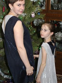 Работа с названием Рождество на фф с Ириsкой. Платья себе и дочке