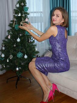 Работа с названием Рождество на фф с Chulpanim. Платье