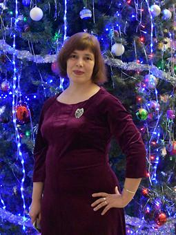 Работа с названием Рождество на ФФ с Ниной. Ягодное платье