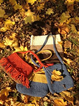 Работа с названием Осень и сумки
