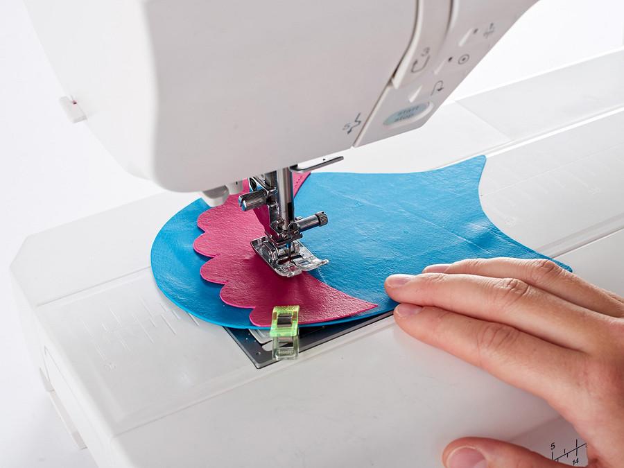 Смешанное рукоделие: как сшить сумочку изполимерной глины