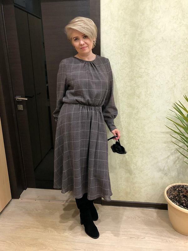 Осеннее легкое платье изшерсти