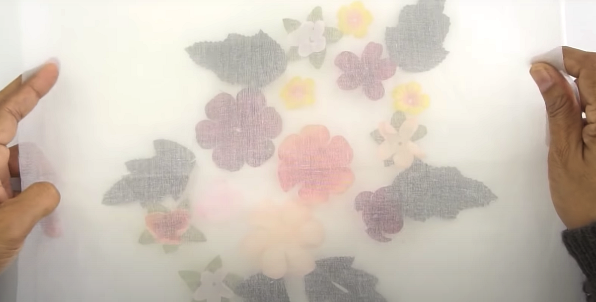 Мастер-класс: как использовать ввышивке искусственные цветы