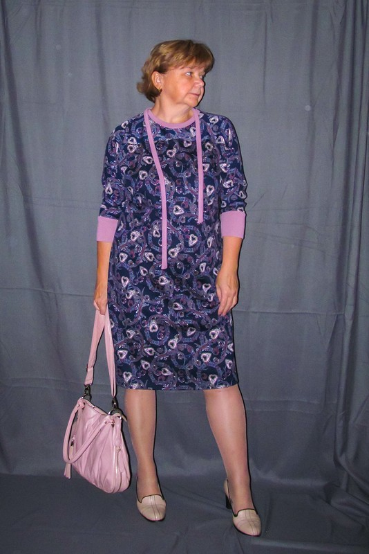 «Сердечное» платье соригинальной спинкой