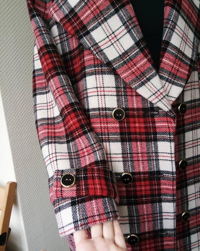 Пальто вклетку