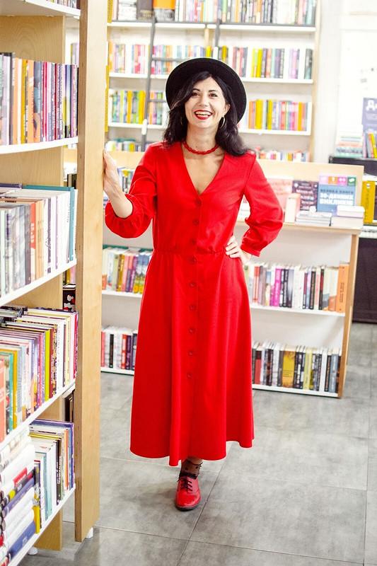Красное льняное платье