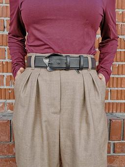 Работа с названием Теплые шерстяные брюки