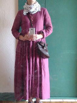 Работа с названием Льняное ягодное платье