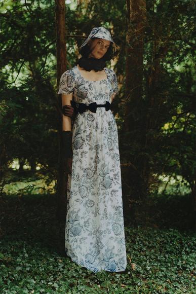 Таинственная незнакомка ванглийском саду: круизная коллекция-2021 отErdem