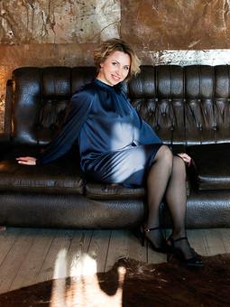 Работа с названием Платье с рукавами реглан - модель 104 из Бурда 11/2013