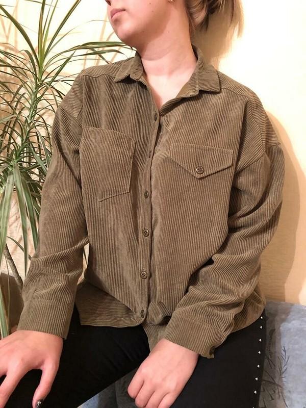 Рубашка извельвета цвета хаки