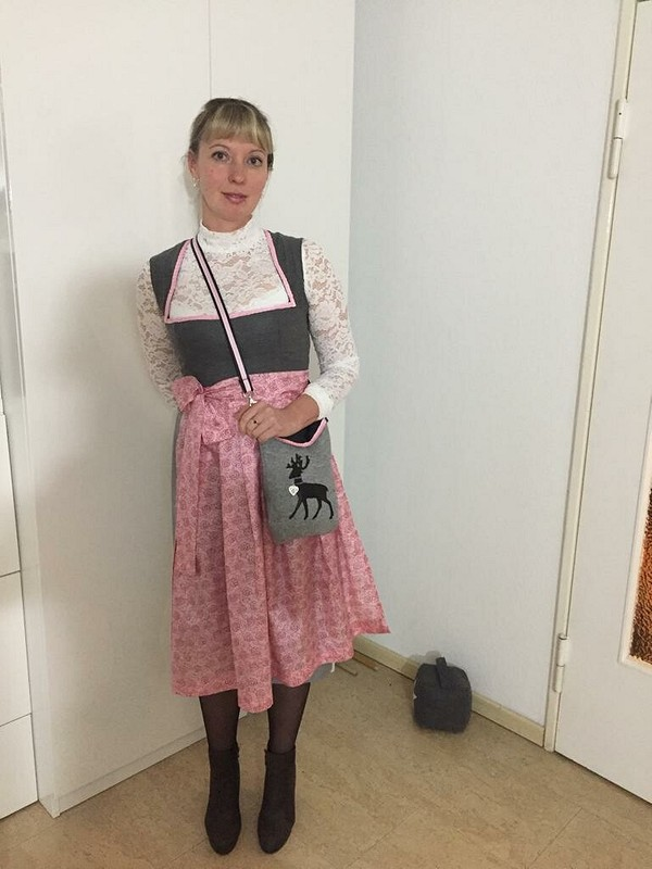 Платье Дирндль