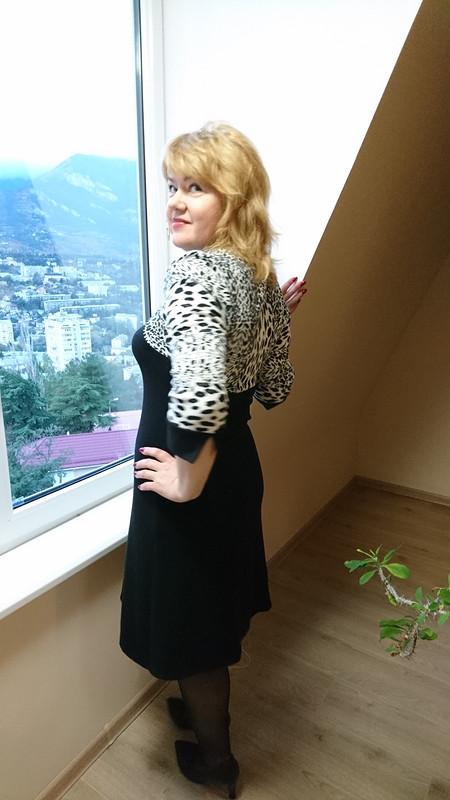 Платье трикотажное сэффектом болеро
