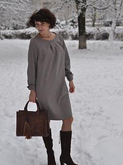 Работа с названием Платье. Такое простое и любимое