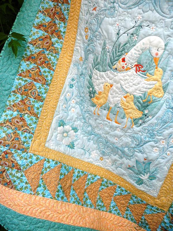 Одеяло лоскутное «Матушка Гусыня»