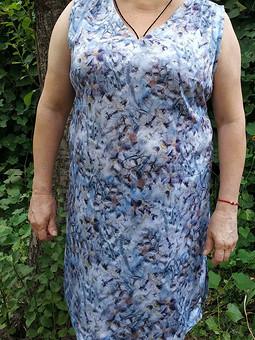 Работа с названием Сделали из свободной блузы приталенное платье