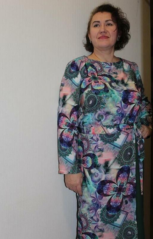 Платье сфартуком