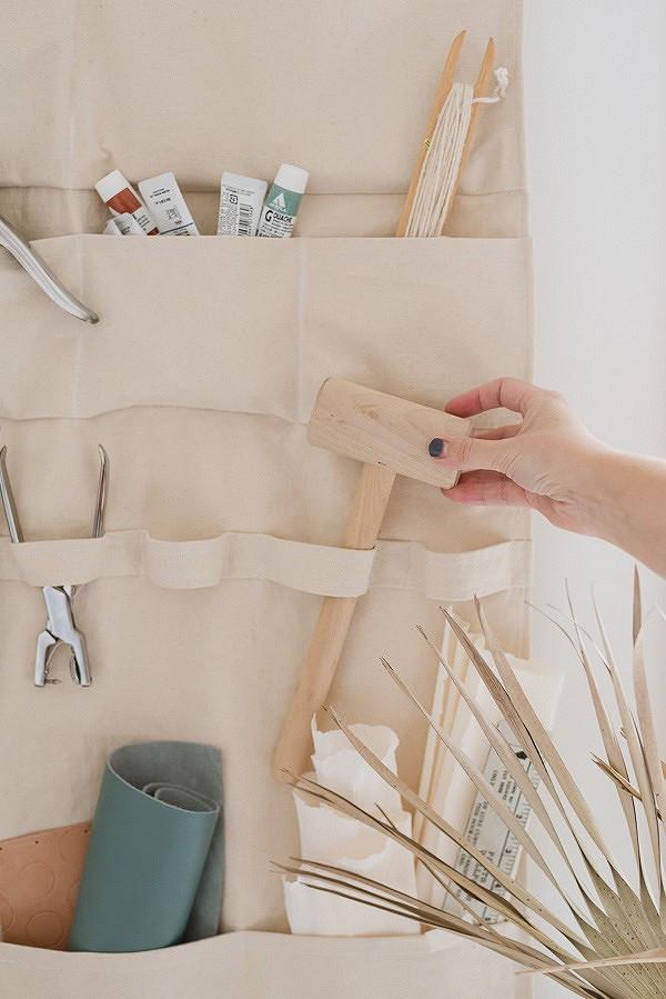 Идея: подвесной органайзер длярукодельных мелочей