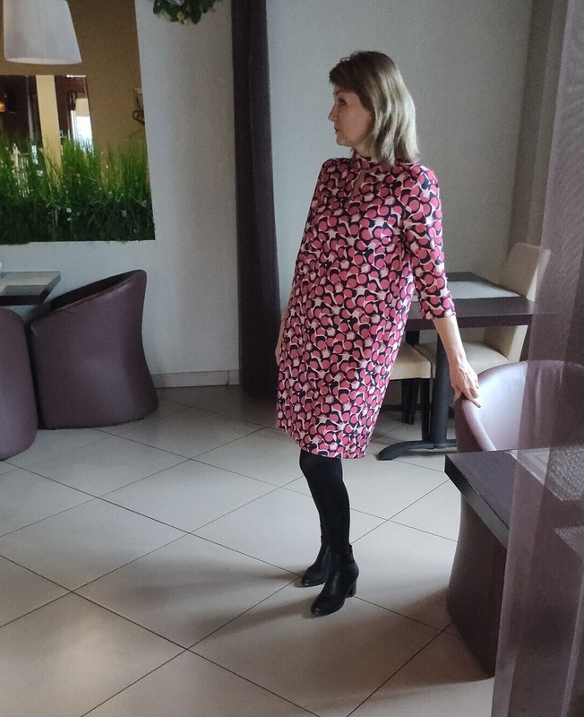 Платье, просто платье