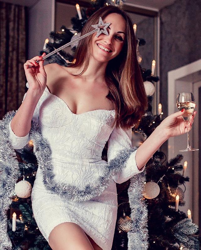 Платье «Белая крыса»