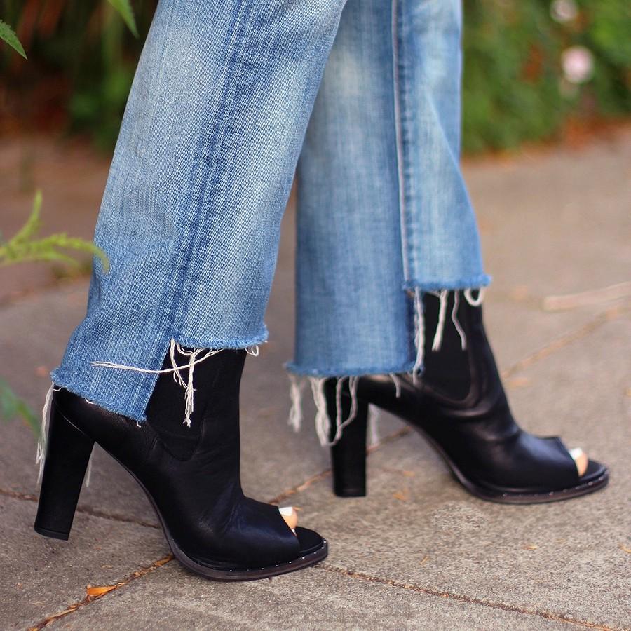 Превращаем простые джинсы вдизайнерские: как сделать неровный низ