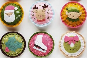 Идея: очаровательные ёлочные игрушки из фетра с аппликацией