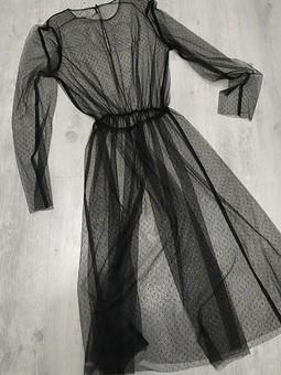 Работа с названием Платье из сетки