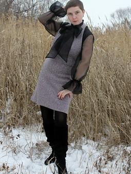 Работа с названием Сарафан из букле и блуза с элементами из органзы